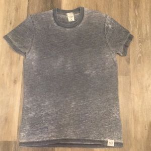 Abercrombie & Fitch distressed t-shirt